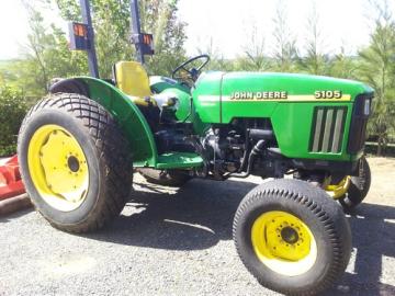 John Deere 5105  SN7002