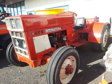 International 484  SN 8111